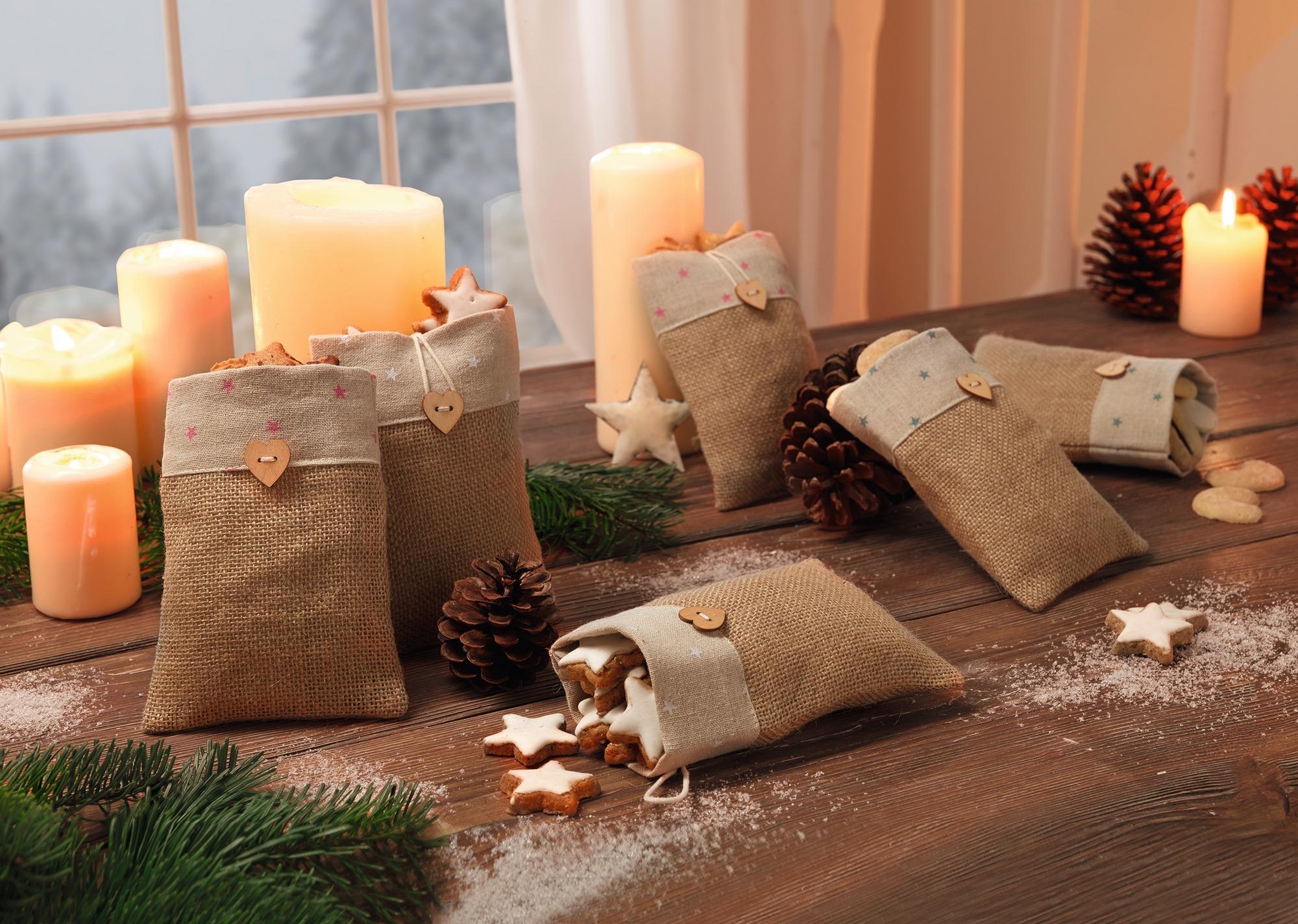 Weihnachtsgeschenke dekorativ verpacken leicht gemacht