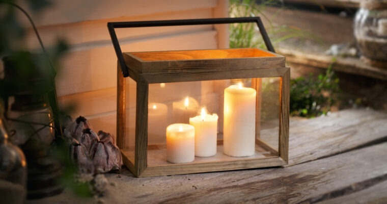 Laternen und stilvolle Beleuchtung für die Gartenparty