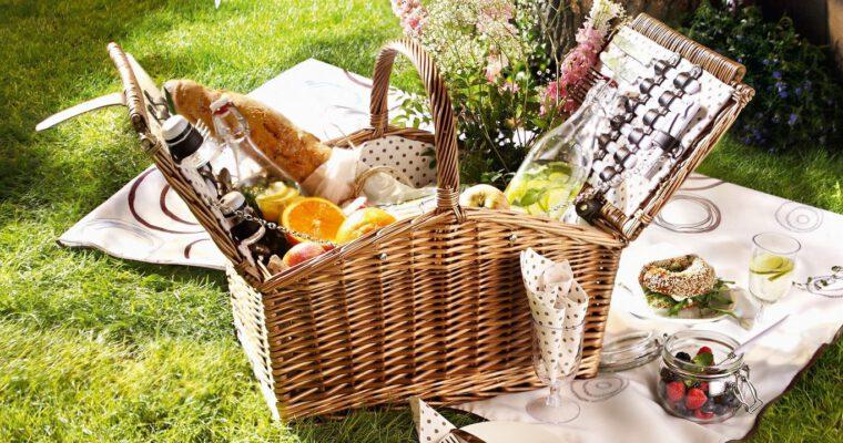 Bequeme & stylische Sitzkissen für den Iss-draußen-Tag