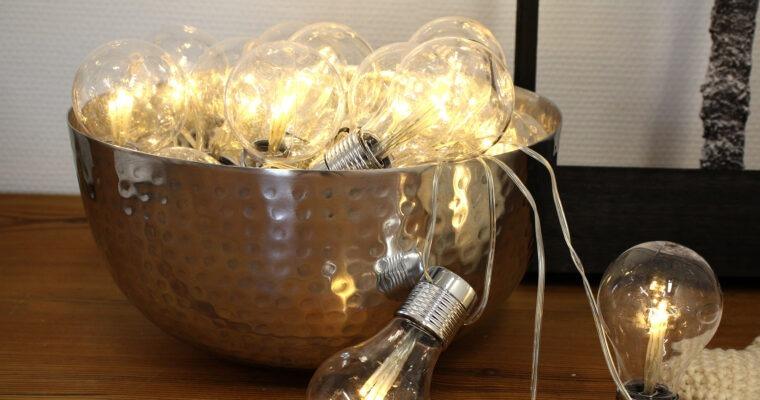 Lampen aus Gläsern und Flaschen bauen: DIY-Ideen