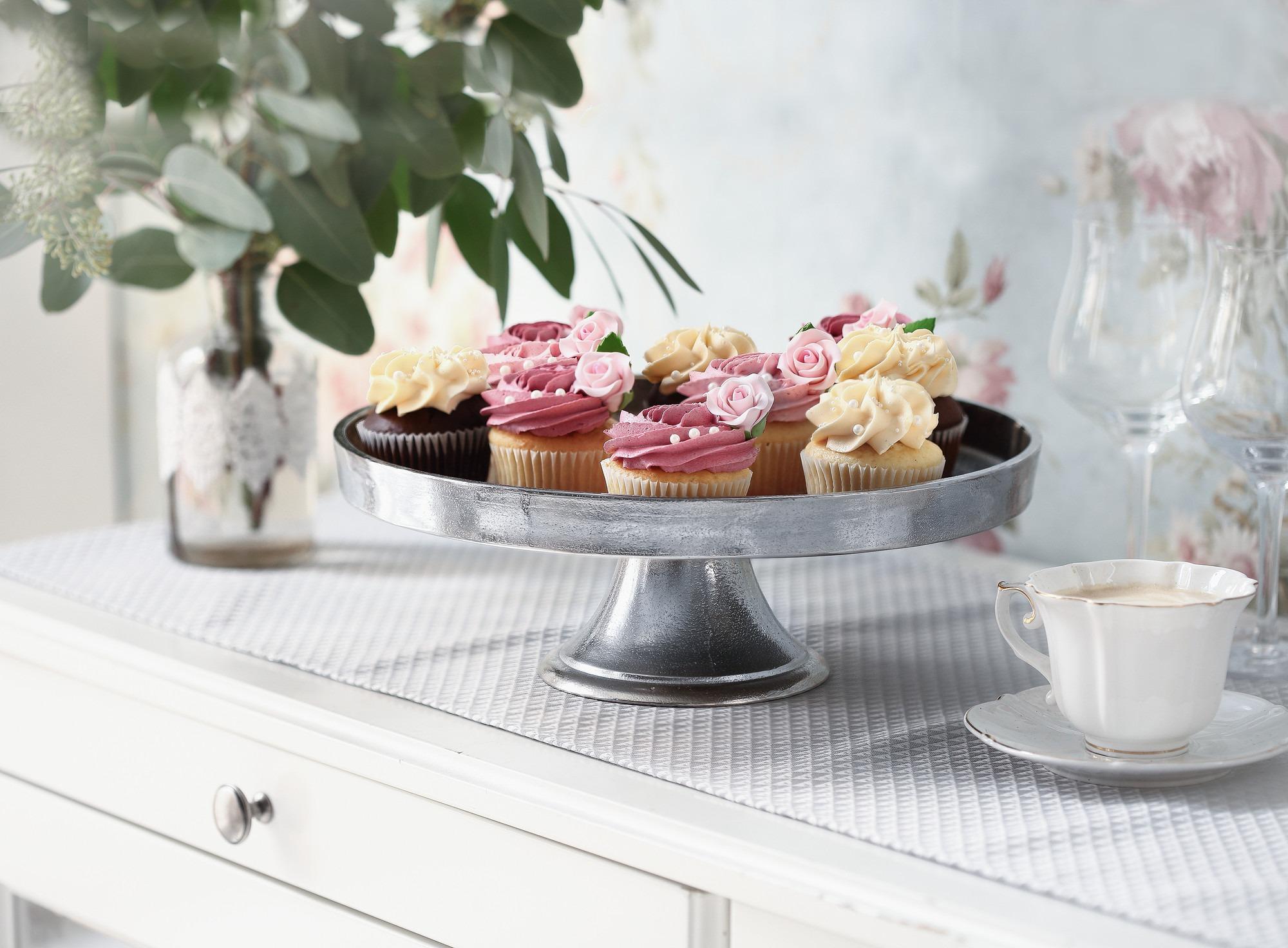 Schale mit Muffins