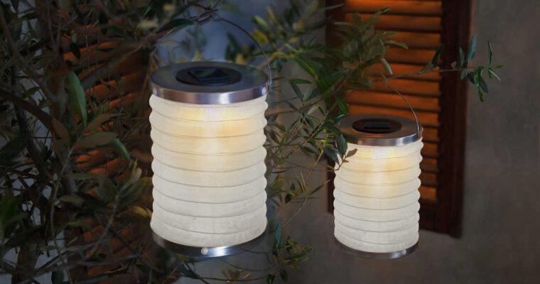 LED-Dekoration & Lampions zu Sankt Martin anbringen