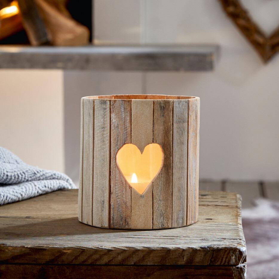 Windlicht mit Herzsymbol